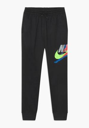 JUMPMAN CLASSIC III SUIT PANT - Teplákové kalhoty - black