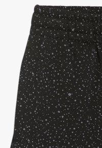 Jordan - JUMPMAN CLASSIC II SHORT - Korte broeken - black - 2