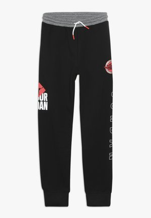 BOF PANT - Teplákové kalhoty - black