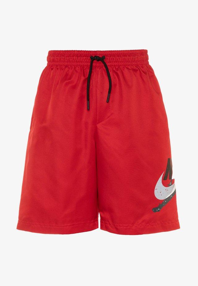 JUMPMAN POOLSIDE SHORT - Sportovní kraťasy - gym red