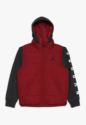 JUMPMAN PUFFER - Giacca invernale - gym red