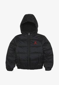 Jordan - HERITAGE PUFFER JACKET - Zimní bunda - black - 3
