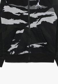 Jordan - WINGS FULL ZIP CAMO - Bluza rozpinana - black - 3
