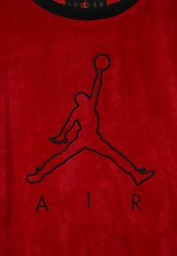 Jordan - AIR LEGACY CREW - Mikina - gym red - 3