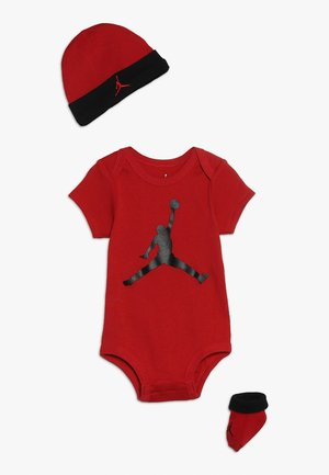 JUMPMAN HAT BODYSUIT BOOTIE SET - Huer - gym red/black