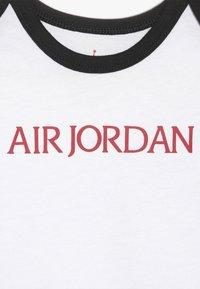 Jordan - JUMPMAN CLASSIC BODYSUIT 3 PACK - Survêtement - black/white/red - 3