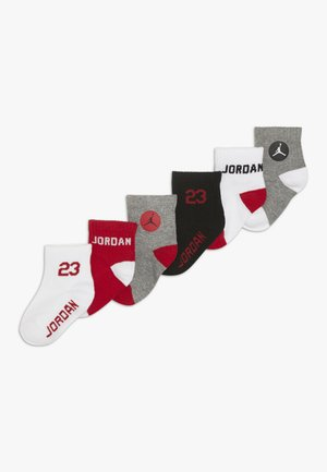 LEGEND QUARTER SOCKS 6 PACK - Sportssokker - gym red