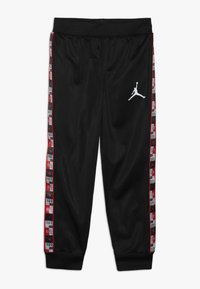 Jordan - LEGACY TRICOT PANT SET - Verryttelypuku - black - 2