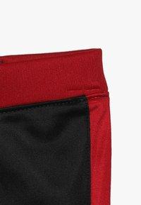 Jordan - JUMPMAN TRICOT PANT SET - Survêtement - black/gym red - 3