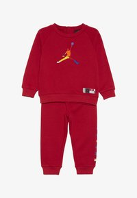 Jordan - CREW JOGGER SET - Survêtement - gym red - 3