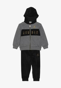 Jordan - HOODED OUTLINE JOGGER - Survêtement - black - 4