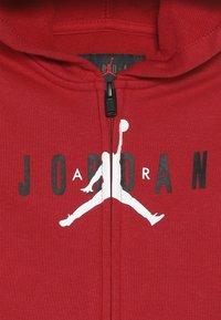 Jordan - JUMPMAN AIR SET - Tuta - gym red - 5