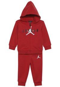 Jordan - JUMPMAN AIR SET - Tuta - gym red - 4