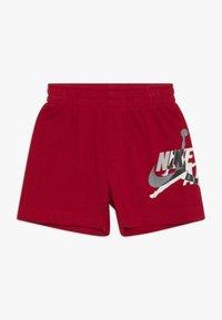 Jordan - JUMPMAN CLASSIC TEE SET - Short - gym red - 2