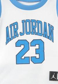 Jordan - MUSCLE SET - Sportovní kraťasy - university blue - 4