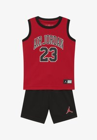 Jordan - MUSCLE SET - Sports shorts - black - 3
