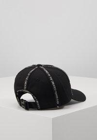 Jordan - REVERSAL - Cap - black - 3