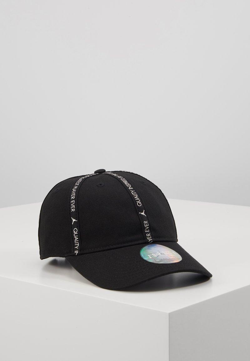 Jordan - REVERSAL - Cap - black