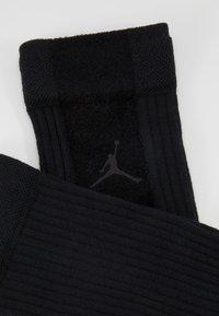 Jordan - LEGACY CREW - Skarpety sportowe - black - 2
