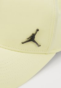 Jordan - JUMPMAN  - Casquette - luminous green/black - 5