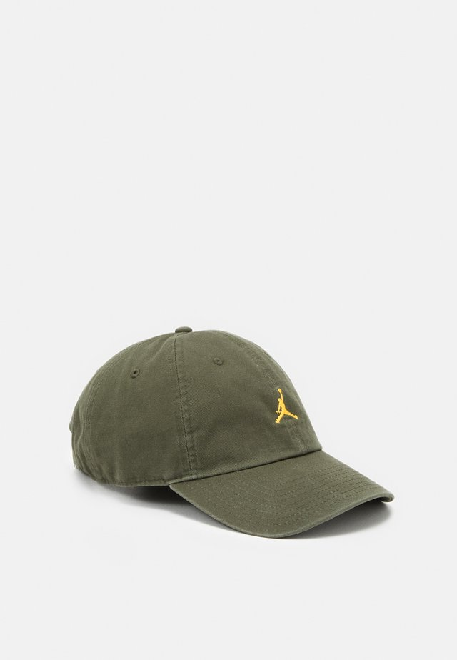JUMPMAN FLOPPY - Cap - cargo khaki/black/laser orange