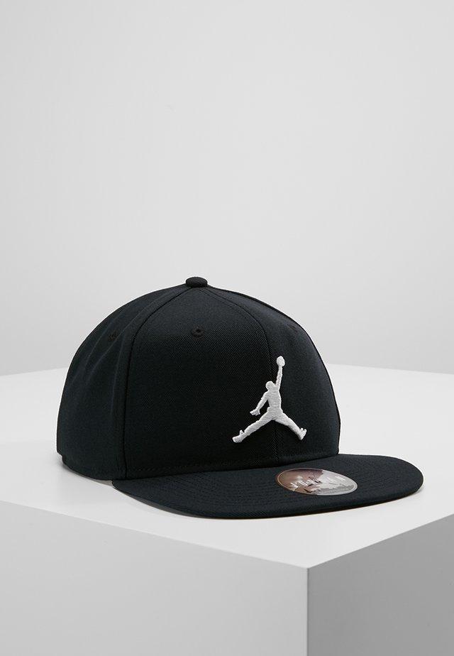 JORDAN PRO JUMPMAN SNAPBACK - Cap - black/white