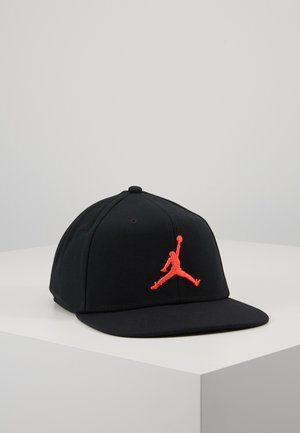 JORDAN PRO JUMPMAN SNAPBACK - Caps - black/infrared