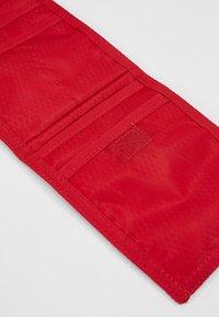 Jordan - TRI FOLDPOUCH - Lompakko - gym red - 4