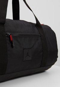 Jordan - DUFFLE - Sporttasche - black - 2