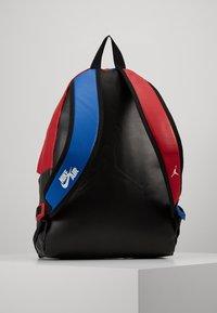 Jordan - AJ PACK - Zaino - gym red/black - 3