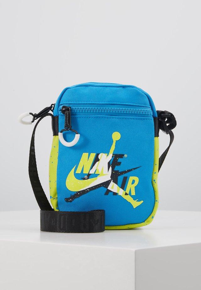 JUMPMAN CLASSICSFESTIVAL BAG - Across body bag - equator blue
