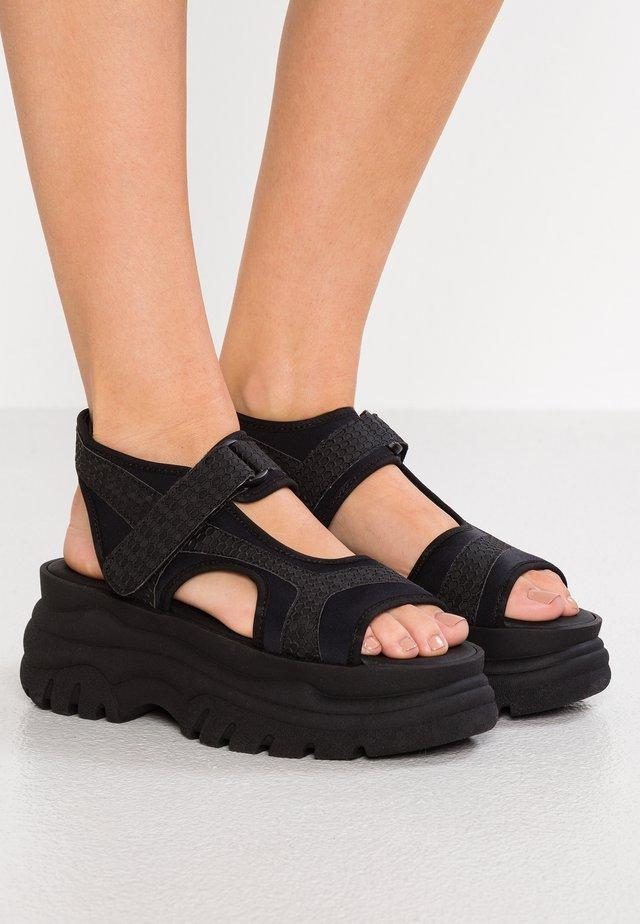 SPICE UP - Sandalen met plateauzool - black