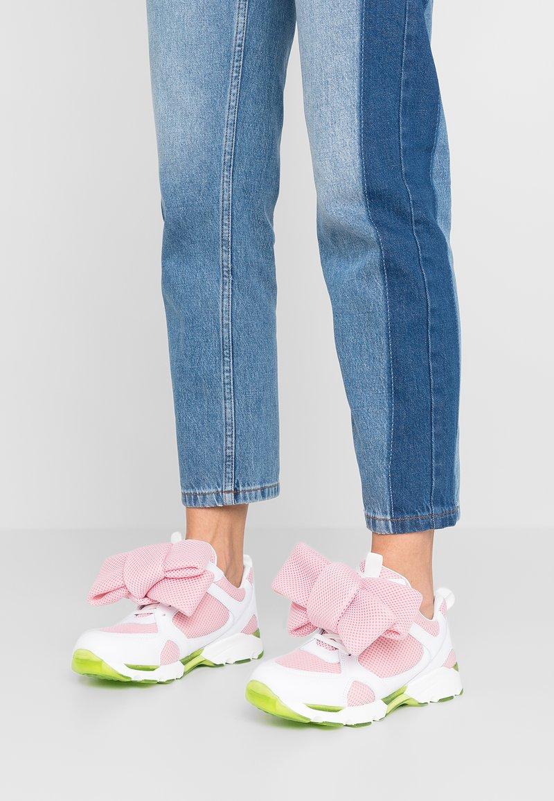 Joshua Sanders - HYDRO BOW - Sneakers - pink