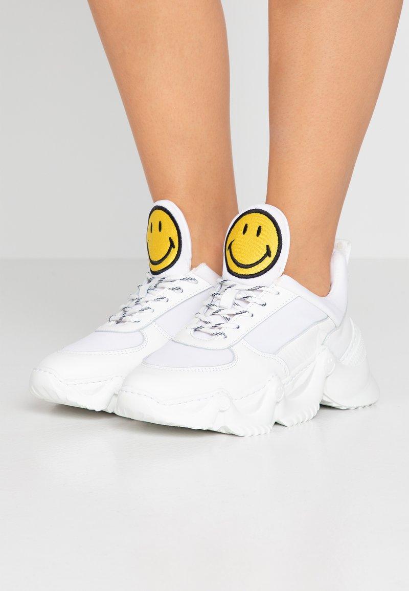Joshua Sanders - CAPSULE SMILE DONNA - Sneakersy niskie - white