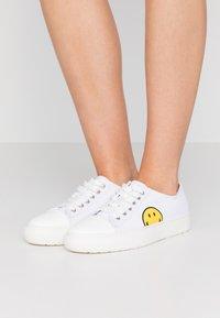 Joshua Sanders - Sneaker low - white - 0