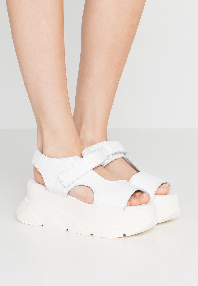 SPICE WEDGE  - Platform sandals - white
