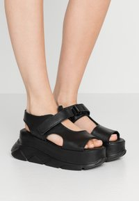 Joshua Sanders - SPICE WEDGE - Platform sandals - black - 0