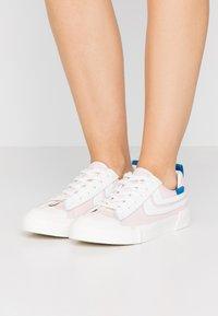 Joshua Sanders - Sneaker low - pink - 0