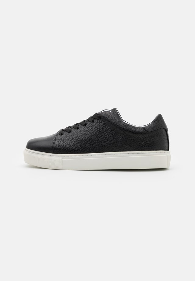 SQUARED SHOES  - Sneakers - black