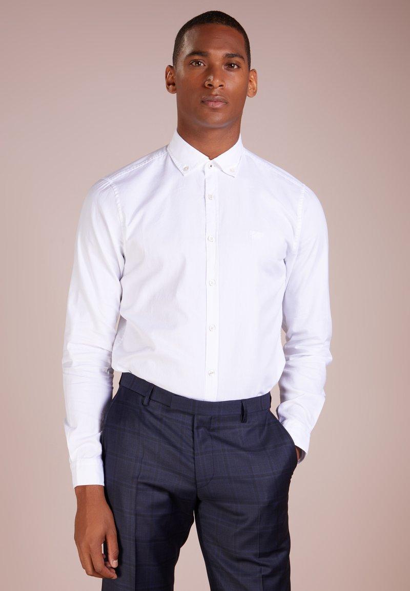 JOOP! Jeans - HAVEN - Vapaa-ajan kauluspaita - white