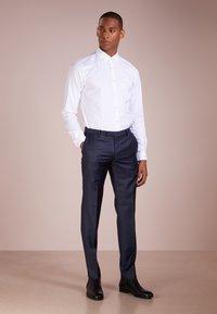 JOOP! Jeans - HAVEN - Vapaa-ajan kauluspaita - white - 1