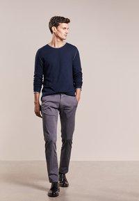 JOOP! Jeans - MATTHEW - Kalhoty - grau - 1