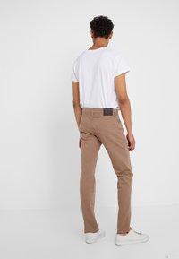 JOOP! Jeans - MITCH - Kalhoty - beige - 2