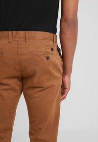 JOOP! Jeans - MATTHEW - Chino - cognac - 4