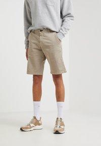 JOOP! Jeans - RISTO - Kraťasy - beige - 0