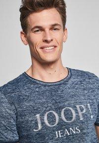 JOOP! Jeans - THORSTEN-S - T-shirt imprimé - navy - 3