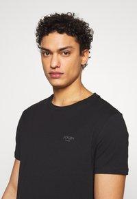 JOOP! Jeans - ALPHIS  - Jednoduché triko - black - 3