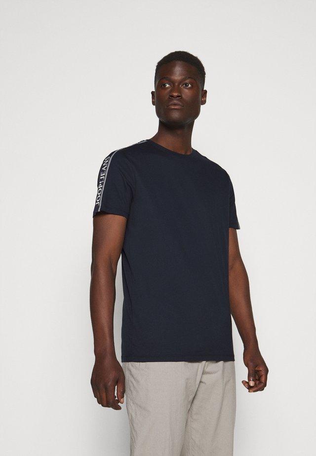SIRENO - T-shirts med print - dark blue