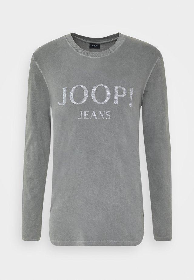 AMOR - Langærmede T-shirts - silver
