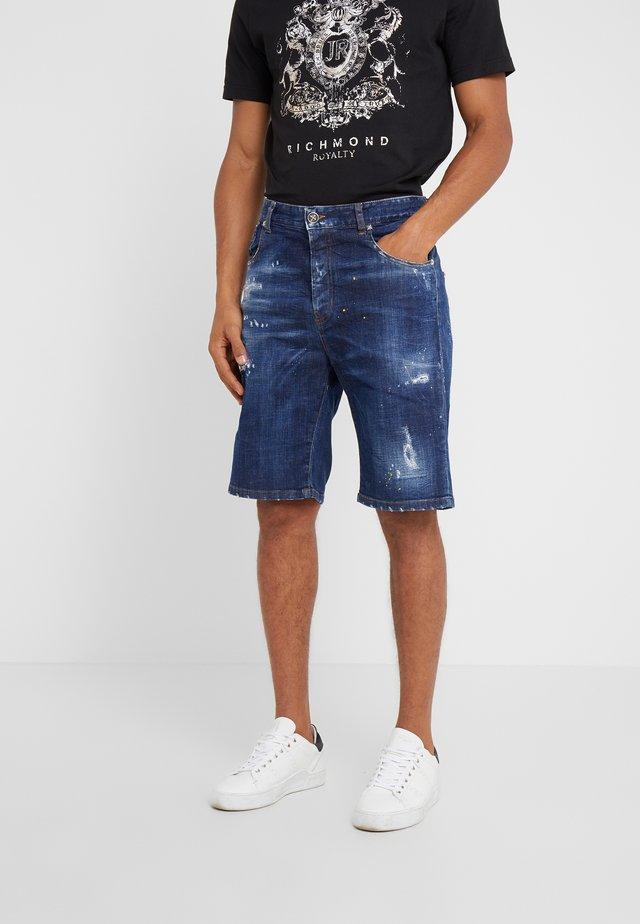 BERMUDA MIRA - Denim shorts - blue